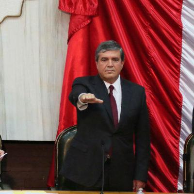 Asume nuevo Gobernador interino de Nuevo León en sustitución de Jaime Rodríguez, quien buscará la Presidencia por la vía independiente