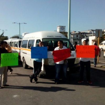 Piden choferes de combis de pasajeros en Chetumal aumento a las tarifas de entre 3 y 4 pesos
