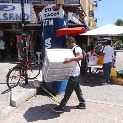 REGULARIZAN COMERCIO EN LAS CALLES: En cuatro meses se retiraron más de 230 ambulantes irregulares tanto en las zonas habitacionales como en la turística de Playa del Carmen