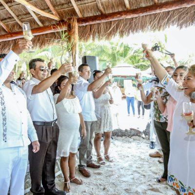 Encabeza Romi Dzul Bodas Colectivas 2018 en Tulum