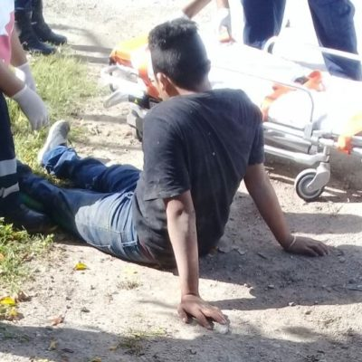 Choca otro funcionario contra motociclista en Carrillo Puerto