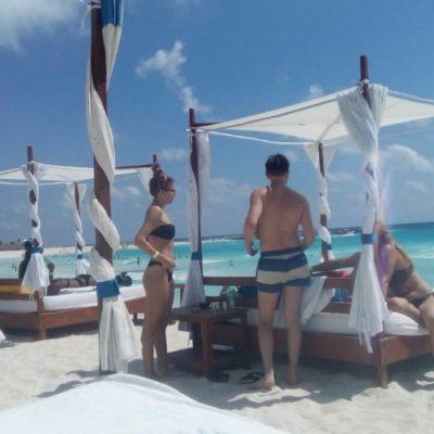 Los primeros  'spring breakers' han llegado a Cancún