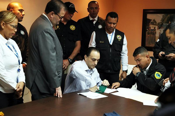 Se complica traslado de Borge a Quintana Roo porque Fiscalía pierde amparos