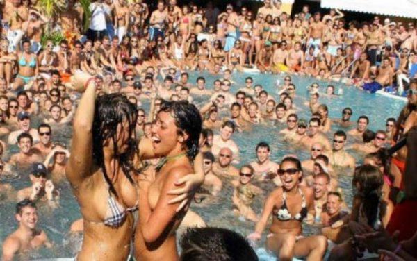 Cancún ahora privilegiará el recibir a 'spring breakers' de élite