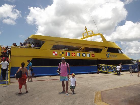 Tras suspensión de operaciones de Barcos Caribe, Ultramar ocupa sus bandas asignadas en muelles
