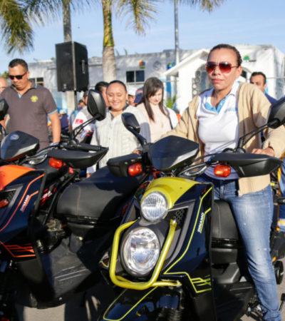 Entregan vehículos a la Dirección de Servicios Públicos en Solidaridad