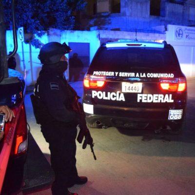CATEAN CASA DE SEGURIDAD EN CANCÚN: Detienen a una persona y aseguran vehículos en presunto golpe contra red de trata de blancas, pero aún no hay confirmación
