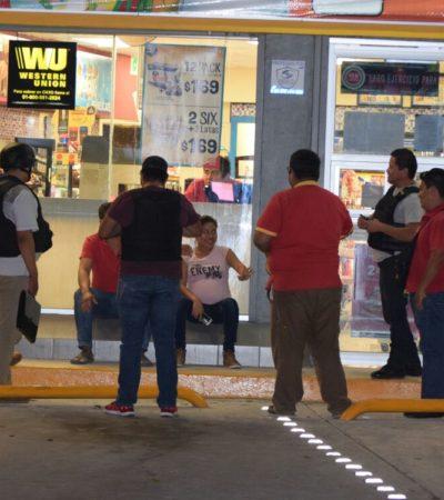 Balean policías a presunto asaltante de tienda de conveniencia en Cancún