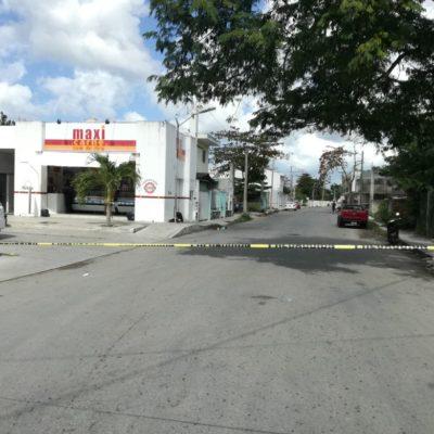 A balazos, roban en carnicería de Cozumel