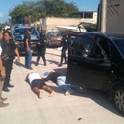 ACTUALIZACIÓN | Detienen a 3 presuntos asaltantes tras un atraco en refaccionaria de la Región 231