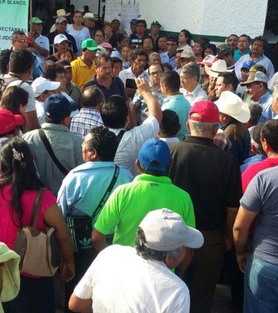 PROTESTAN EJIDATARIOS EN CHETUMAL: Amenazan con toma de carreteras por adeudos de pago de tierras por parte de SCT