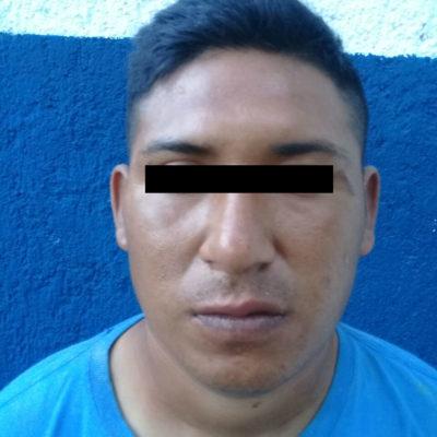 Cae otro ladrón de Oxxo en Cancún