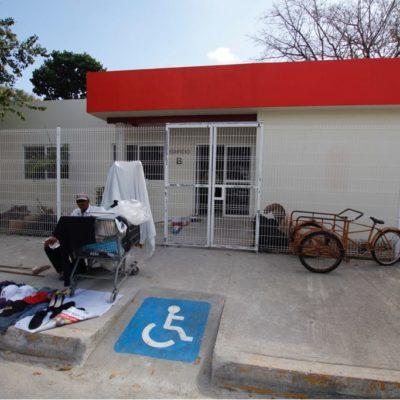 Justifica DIF QR construcción de centro de capacitación de la cadena Oxxo en espacio público como un beneficio para personas con alguna discapacidad; retiran letrero de la fachada