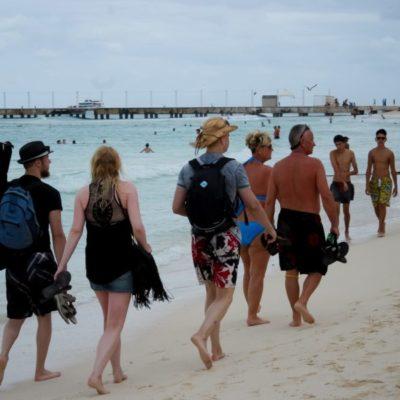 Se mantiene normal el flujo de turistas de grupos y convenciones a destinos de Quintana Roo, asegura Darío Flota
