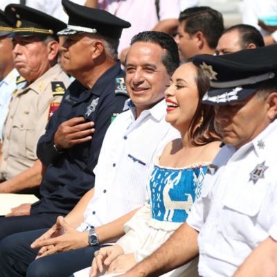 RECONCILIACIÓN ENTRE PERLA Y CARLOS: Recibe municipio de Cozumel patrullas por parte del Gobierno del Estado