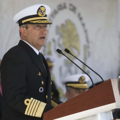 """ENVÍA LA MARINA SEÑAL DE MADUREZ: No ve almirante Soberón Sanz problemas por cambio de régimen; """"las fuerzas armadas siempre estaremos con quien sea el Presidente"""""""