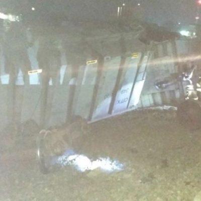 SE DESCARRILA TREN EN VERACRUZ: Accidente daña ocho viviendas en Córdoba; no hay reporte de heridos