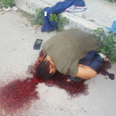 EJECUTAN A UN HOMBRE FRENTE A RESIDENCIA DE EX ALCALDE: Matan a balazos a una persona en la colonia Ejidal de Playa del Carmen