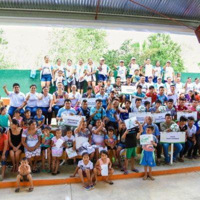 Romi Dzul entrega equipamiento médico en Zona Maya de Tulum