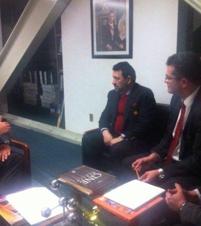 Rompeolas: 'Sale a la luz' información laboral del consultor Juan de la Luz Enríquez Kanfachi