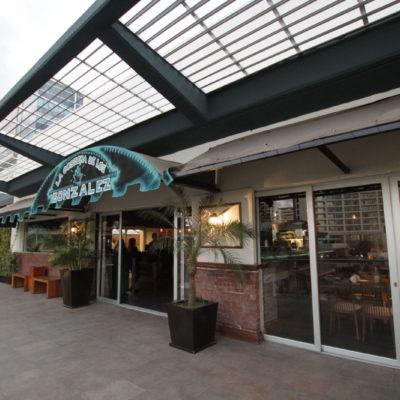 INAUGURAN 'LA COSECHA DE LOS GONZÁLEZ': Con especialidades de mezcal y comida mexicana, abre en Plaza Solare una nueva opción culinaria y para la vida nocturna de Cancún