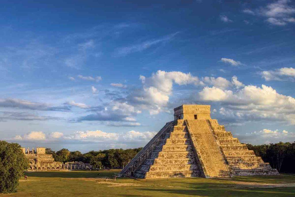Siete mil turistas de Cancún hacia Chichén Itzá para presenciar equinoccio