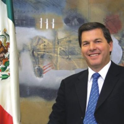 PENSIONAN A PATRICIO CON 106 MIL MENSUALES DE POR VIDA: Patrón Laviada se beneficia de generosa ley para ex gobernadores en Yucatán