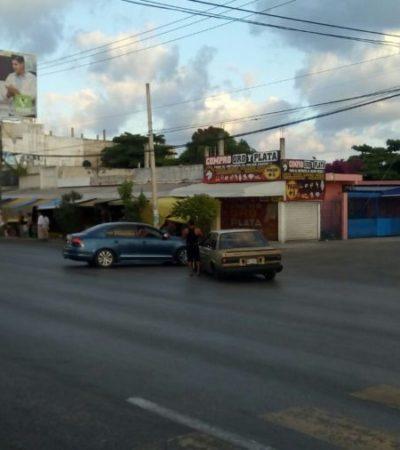 Por fortuna, aunque coche pierde llanta en la López Portillo no hay heridos