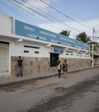 """""""EN LAS NOCHES NO HAY LUZ Y LAS PATRULLAS CASI NO PASAN"""": Vecinos del antiguo Hospital General de Cancún piden que se le dé nuevo uso porque se ha deteriorado la zona con su cierre"""