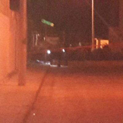 Rafaguean a tres en bar de Puerto Morelos; uno muere