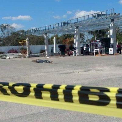 IMPRESIONANTE MUERTE EN FCP: Mujer es arrollada por tráiler mientras cargaba gasolina; escapa conductor