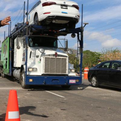 CIERRAN DISTRIBUIDOR VIAL EN SALIDA A PROGRESO: Buscan vías alternas en Mérida