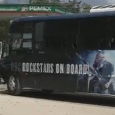 DEJAN SIN TRANSPORTE A TRABAJADORES DE HOTEL DE LA RIVIERA EN FCP: Cadena 'Hard Rock' retira prestación laboral y al menos 80 empleados protestan y toman un camión