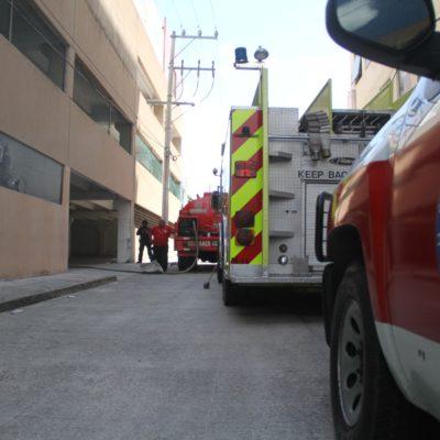Conato de incendio en antiguo edificio de la subdelegación de IMSS en el centro de Cancún