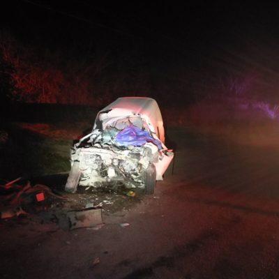 TRAGEDIA EN LA TULUM-COBÁ: Un muerto al chocar contra un camión estacionado a la vera de la carretera