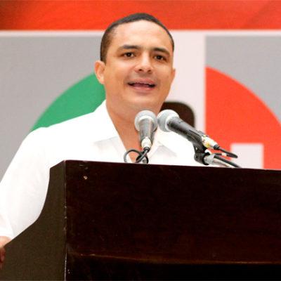 Seguirá Raymundo King como dirigente del PRI de forma indefinida pese a candidatura al Senado