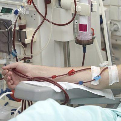 Reactivan máquinas de hemodiálisis en Chetumal