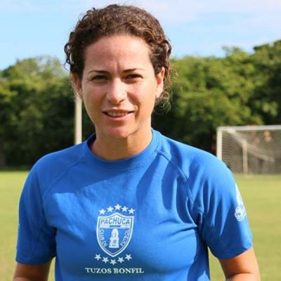 Bajan a Iris Mora de la propuesta de Cabildo de 'Chanito' Toledo en Cancún