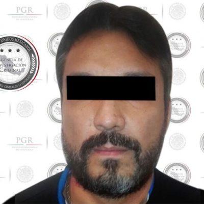 """Detienen a Lenin """"N"""", integrante del cártel de Los Beltrán Leyva, acusado de homicidios e inhumaciones clandestinas, compra de armas y venta de estupefacientes"""