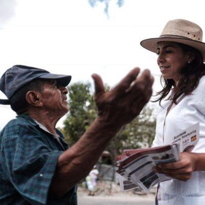Vigilancia, seguridad y otros servicios públicos promete Marybel Villegas a vecinos de la Región 102