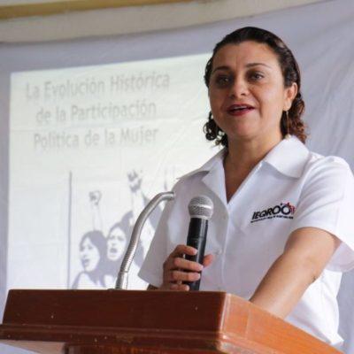 """""""Confiaré en instituciones si ejecutan órdenes de aprehensión contra funcionarios de Ieqroo"""": Claudia Carrillo Gasca"""
