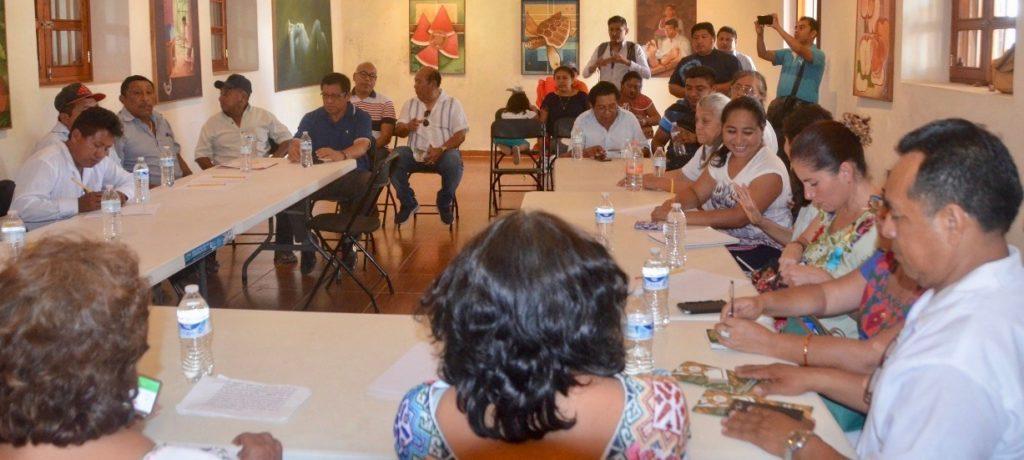 Inmaya excluye a promotores de la lengua materna, acusan mayaparlantes de FCP
