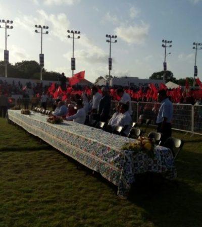 Falta de quórum en 18 aniversario de Antorcha Campesina hace que Gobernador Carlos Joaquín envíe a Francisco López Mena como representante oficial