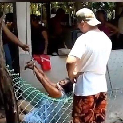 En redes sociales circula video de mujer amarrada 'por sus propios hijos' en Cunduacán