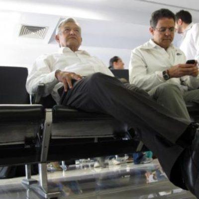 """""""Si Slim cree que el aeropuerto es buen negocio, que lo haga con su dinero"""": AMLO"""