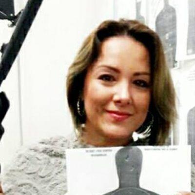 Aspirante a diputación por Morena presume buena puntería ¡con pistola en mano!