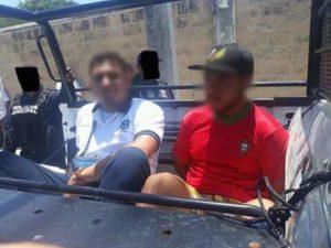 Taxistas de Playa del Carmen detienen a dos colegas que asaltaron a turista francés