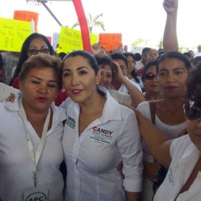 Con la notoria ausencia de Remberto Estrada, Susana Hurtado, Candy Ayuso y Ana Paty Peralta arrancaron sus campañas