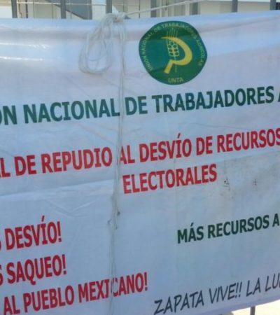 Campesinos exigen liberación de 1.4 mdp tras bloquear sede de Sedesol en Chetumal