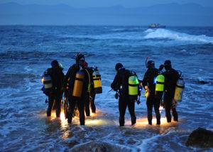 Capitanía de Puerto y náuticos suspenden buceo nocturno en Playa del Carmen para afinar condiciones de servicio